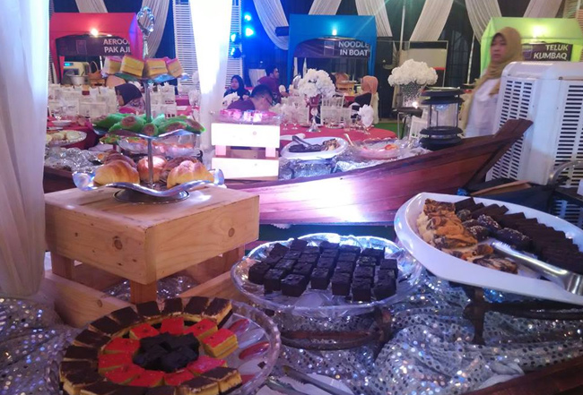 aneka-kuih-buffet-ramadhan-laman-kayangan