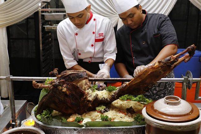 Nasi-Arab-Kambing-Golek-buffet-ramadhan-laman-kayangan-shah-alam